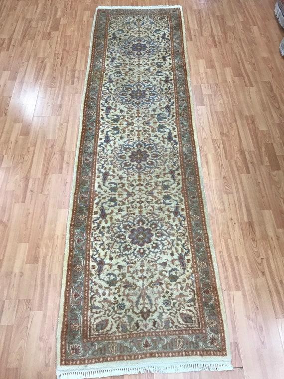 "2'6"" x 9'1"" Indian Floral Floor Runner Oriental Rug - Hand Made - 100% Wool"