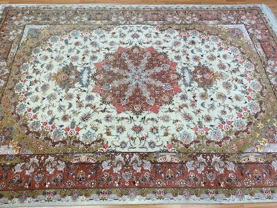 "6'8"" x 9'9"" Turkish Floral Oriental Rug - 400 KPSI - Wool and Silk - Hand Made"