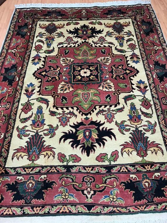 """5'7"""" x 7'5"""" Afghan Karghai Oriental Rug - Vegetable Dye - Hand Made - 100% Wool"""
