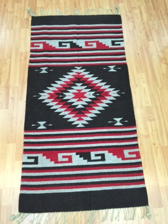 "2'5"" x 4'10"" Native American Navajo Rug - Hand Made - 100% Wool"