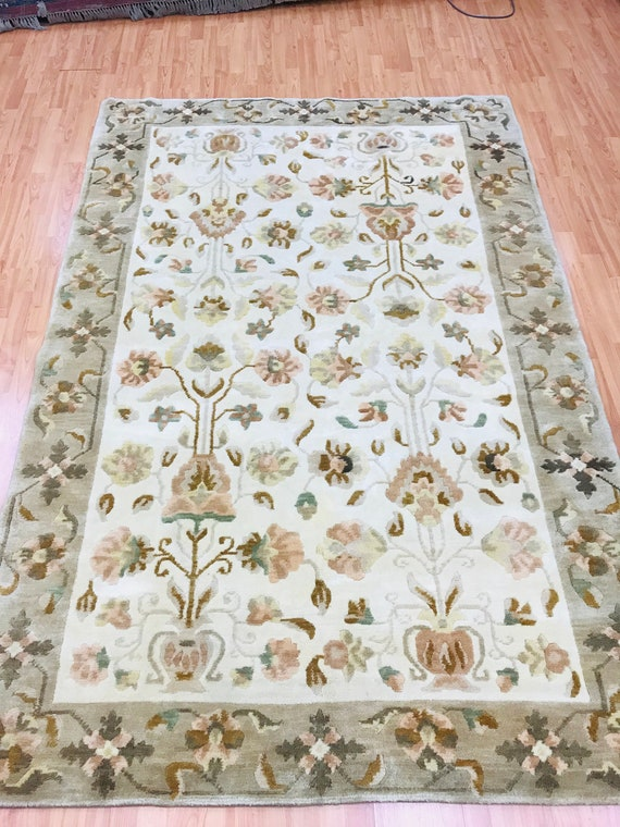 "5'7"" x 8'4"" Nepal Tofangiyan Collection Oriental Rug - Hand Made - 100% Wool"