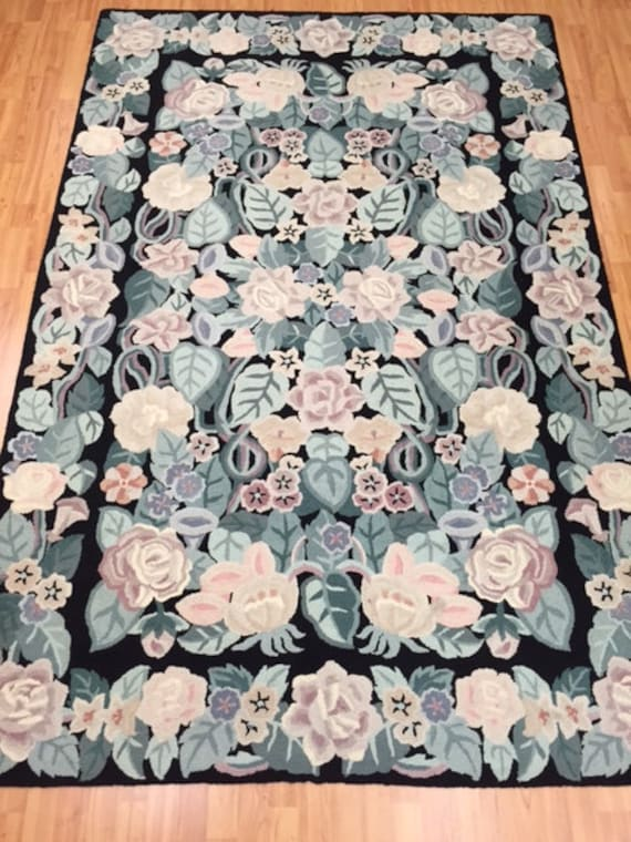 "5'5"" x 8'5"" Chinese Floral Stitch Work Oriental Rug - Hand Made - 100% Wool"