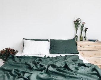 Linen bedding set. Linen duvet cover + linen pillowcases. Emerald, green.