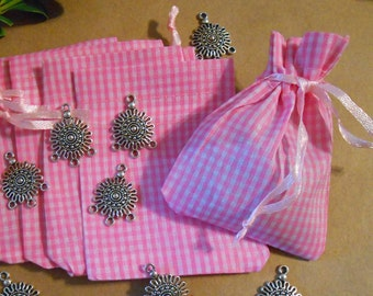 10 Pink drawstring bags Fabric bags Jewelry bags Cloth bags Pink Gingham Checked Cotton Favor bags Jewelry pouches Jewelry Storage Packaging