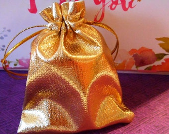 10 Gold drawstring bags Fabric bags Jewelry bags Cloth bags Lovely Christmas Favor bags Jewelry pouches Jewelry storage Metallic Gold bags