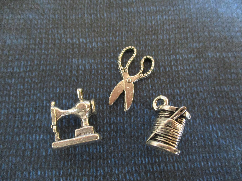 Thread Needle Tailor Sewing Machine Charm pendant For bracelet necklace-European