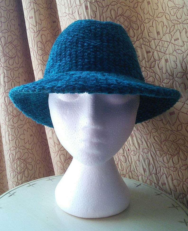 85dc2c38a1f Woven Chenille hat by Eaton s 1980 s made in Italy