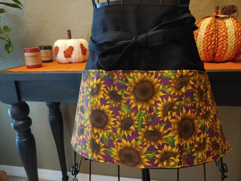 Sunflowers All Over WaitressTeacherServerVendorWaistHalf3 Pocket Apron
