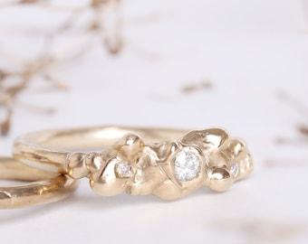 Asco - Moissanite ring in 9ct gold