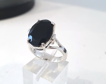Black Spinel cocktail ring