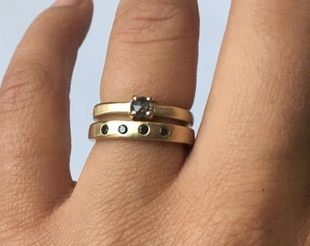 Black diamond and gold band