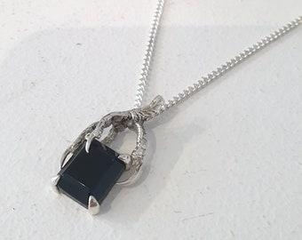 Bird claw Onyx necklace