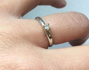Raw diamond solitaire