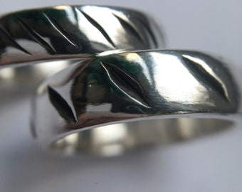 Oxidised detail wedding bands
