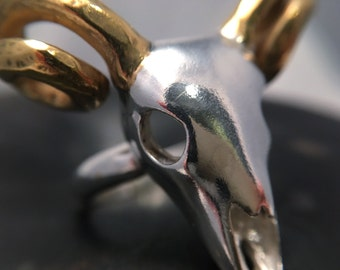 Amazing ram skull statement ring with 24ct yellow gold plated antlers