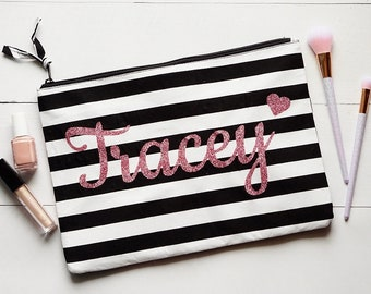 Personalized Makeup Bag Bridesmaid, Cosmetic Bag, Bridesmaid Bag, Personalized Bag, Travel Makeup Case, Bridesmaid Gift, Zipper Pouch