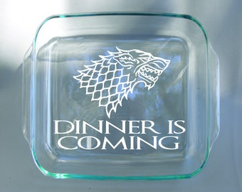 Engraved Dishwasher and Oven Safe Stark Game of Thrones - Dinner is Coming Pyrex Dish With Red Lid - 9x9 Pyrex