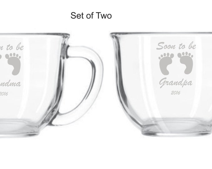 "Engraved Personalized Custom ""Soon To Be Grandma and Grandpa"" Baby Foot Prints Glass Mug - Pregnancy Announcement Gift - Gender Reveal"