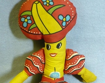 Chiquita Banana vintage doll 1970s era used in great condition collectible food memorabilia advertising DOLE company