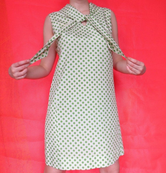 1960s Vintage Green Polka-dot Shift Dress
