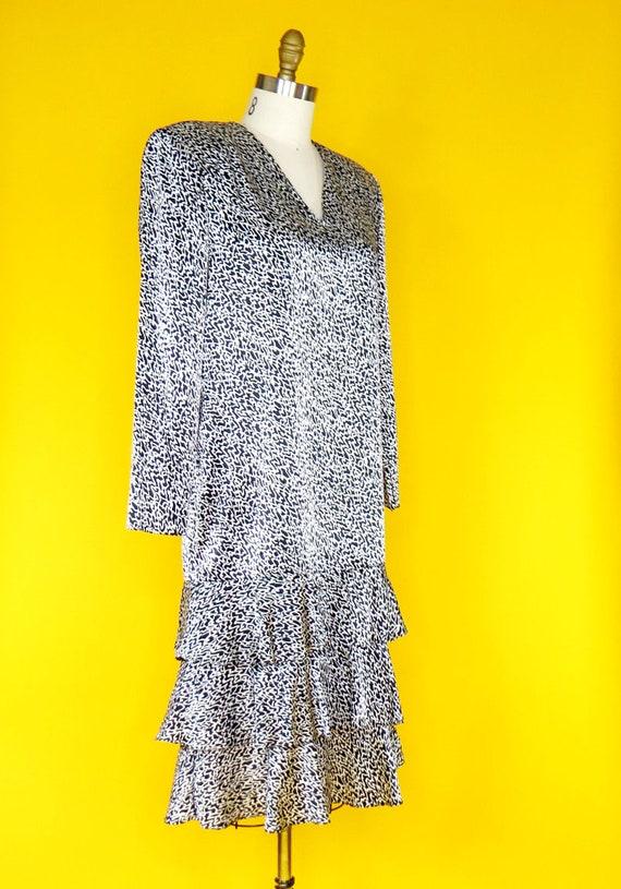 1980s Vintage Charmeuse Dress - image 2