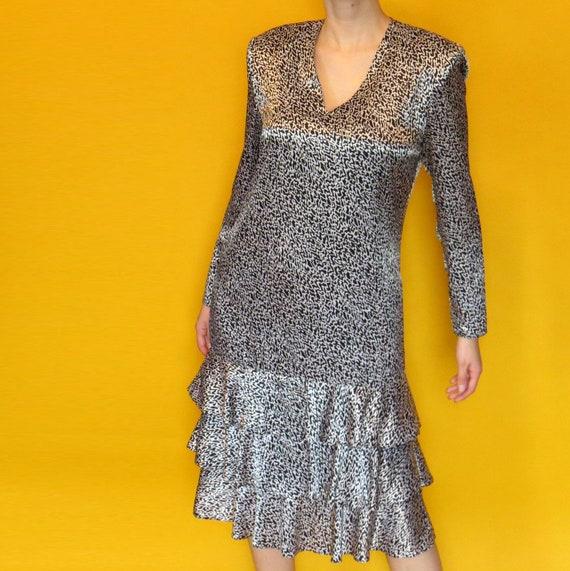 1980s Vintage Charmeuse Dress - image 6