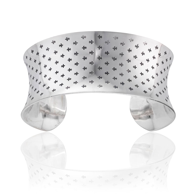 Anti Clastic Sterling Silver Bangle With A Fleur De Lis Laser