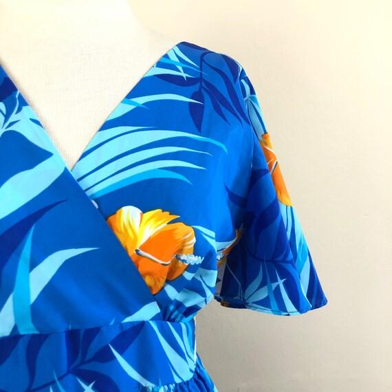 vintage 60s Hawaiian maxi dress | flutter sleeve … - image 3