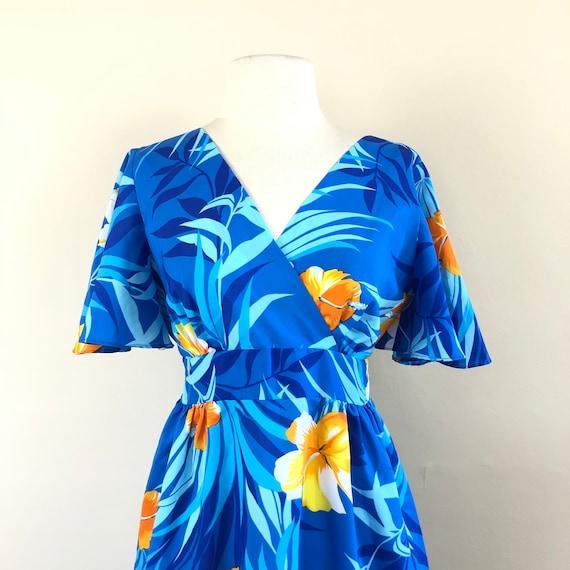 vintage 60s Hawaiian maxi dress | flutter sleeve … - image 5