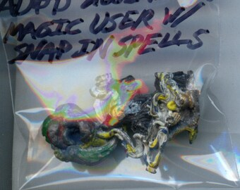 Grenadier Advanced Dungeons and Dragons 2001 Wizard Magic User with Snap In spells Painted Metal Miniature