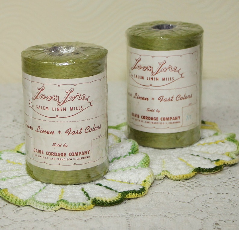 Vintage Loom Lore Pure Linen Yarn Thread by Salem Linen Mills, 2 Spools of  Meadow Green Weaving Thread, Warp Thread, Crochet Craft Yarn