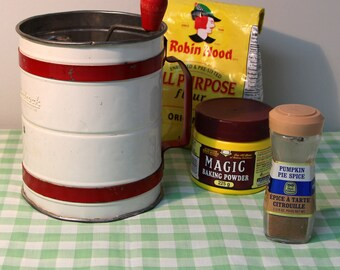 Vintage Androck Flour Sifter, Double Screen Hand Crank Sifter, White & Red Flour Sifter, 1950 Top Crank Tin Sifter, Sifting Dry Ingrediants
