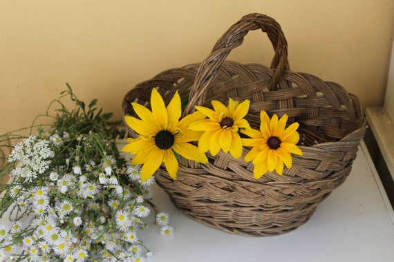 Vintage Basket, Hand Knitted Straw Basket, Farmer