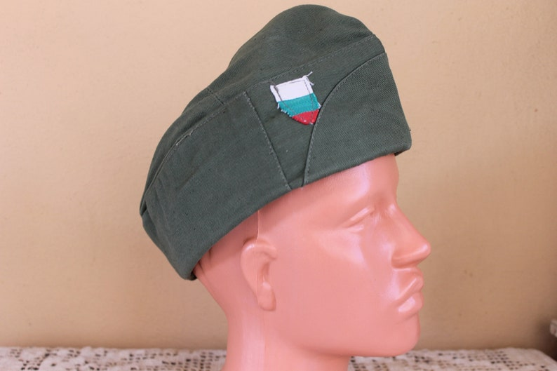 Unused Soldier/'s hat with leather lining Green Canvas Hat from 1970s Military Army Soldier/'s Hat Vintage Hat