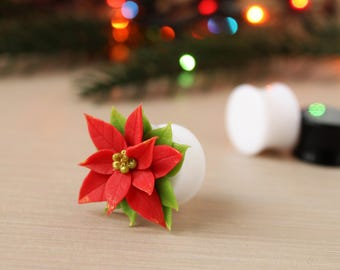 Christmas gift for best friend Christmas ear plugs Christmas ear gauges Holiday plug earrings poinsettia earrings gauges holiday plugs 00g