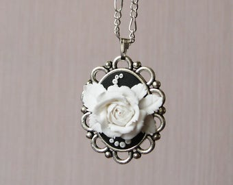 Mothers day necklace Cameo necklace Cameo choker Cameo pendant Retro jewelry Black and white necklace Black and white wedding Rose necklace