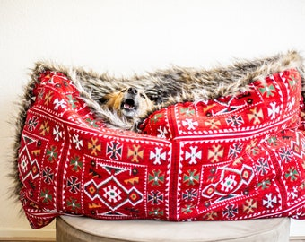 Red square kilim - velvet / faux fur snuggle sack | cuddle cave | travel bed | anti-anxiety dog bed | anxiety relief | nest bed