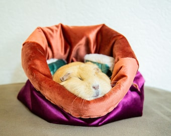 THE DIY GNAWERBED | Velvet petbed | travel bed | cuddle cave | snuggle sack | anti-anxiety dog bed | anxiety relief | nest bed | customize