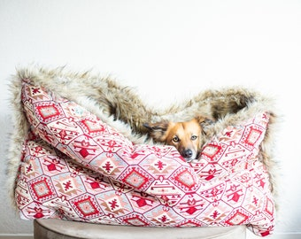 Red and beige kilim - velvet / faux fur snuggle sack | cuddle cave | travel bed | anti-anxiety dog bed | anxiety relief | nest bed