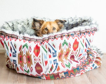 White - multi colour Ethnic - faux fur snuggle sack | cuddle cave | travel bed | anti-anxiety dog bed | bohemian deco | puppy pocket