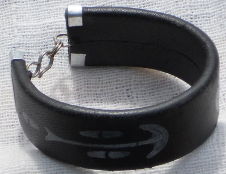 Africanartistic leather bracelet RLW60