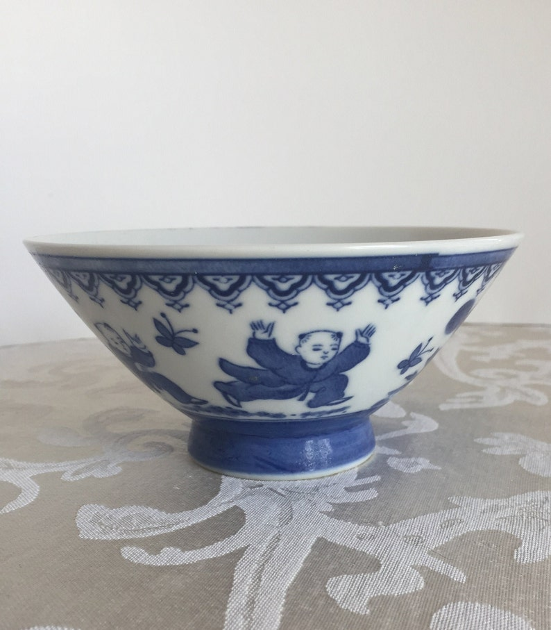 Vintage Blue and White Chinese Porcelain Bowl Designed with Children Playing /& Catching Butterflies Good Used Condition