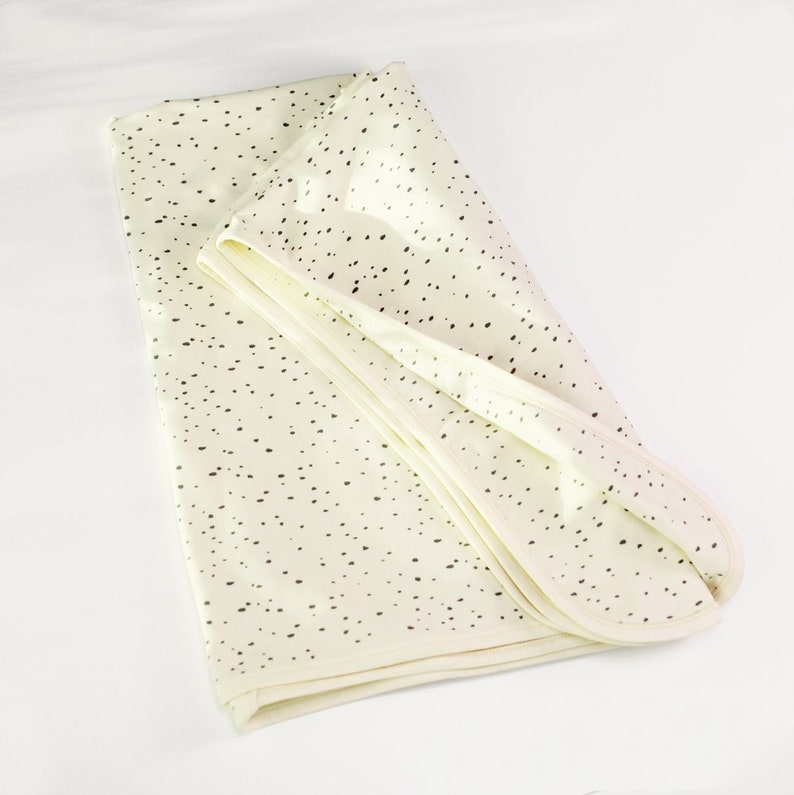 non-toxic Super Soft Double layer Comfy Baby Shower Gift Natural Organic Cotton Reversible Baby Blanket