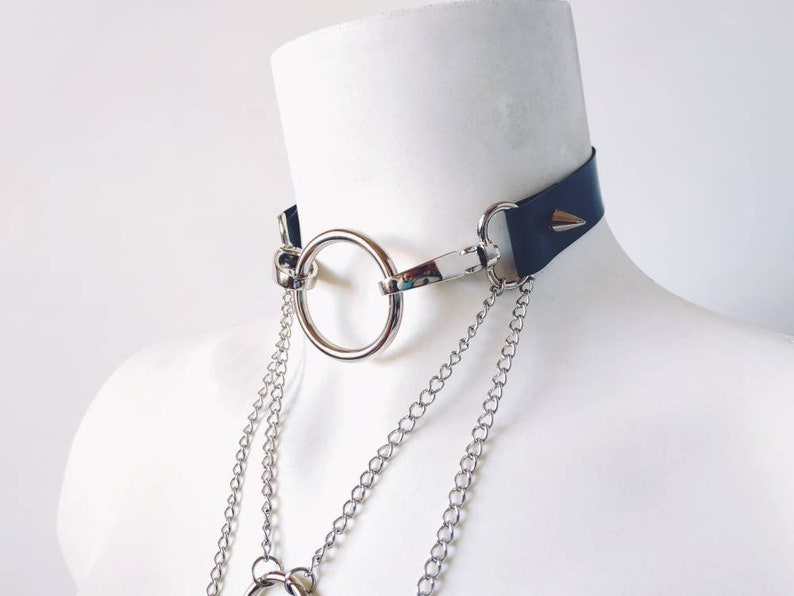 Synthetic Leather Ring O-AbiismStore CHAINo-choker with chain ring O and Rivet Tacks with Chains Stud Snaps Silver Aesthetic