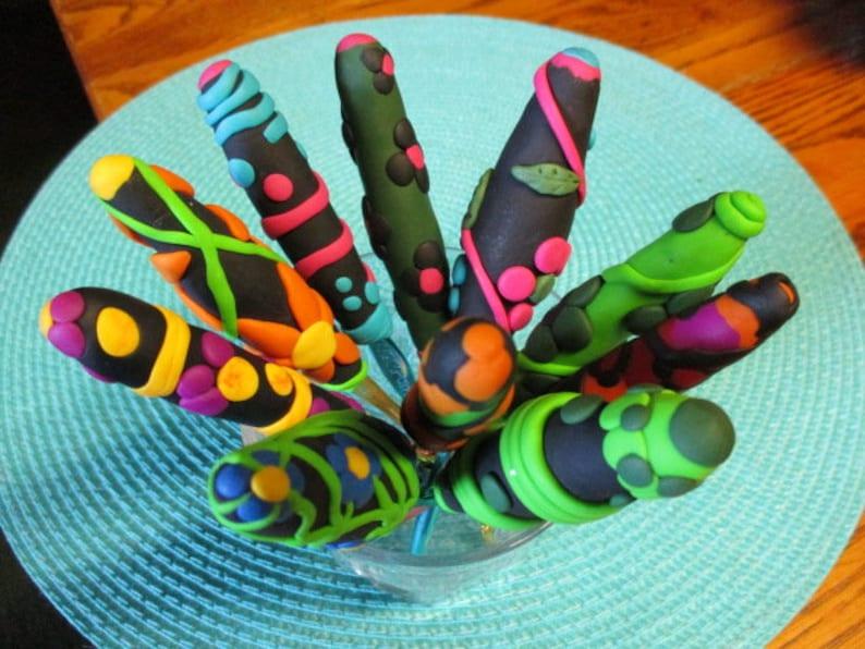 Ergonomic Crochet Hook Fun Polymer Clay Size G6 One of a Kind