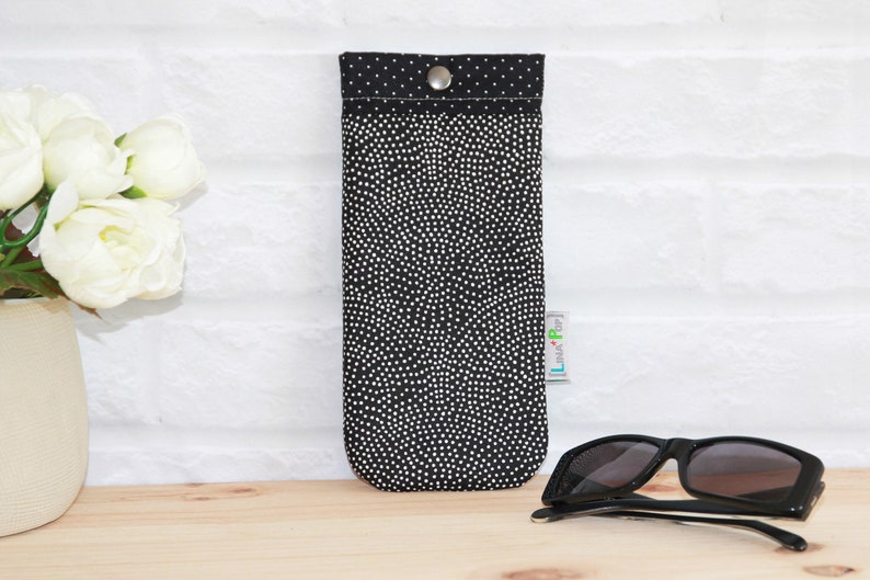 Black and White Pea Pattern Case  Classic Glasses Case  image 0