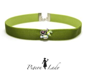 5/8 Inch Green Velvet Choker|Necklace Accessory|Little Bee Decor|Simple Thin Choker