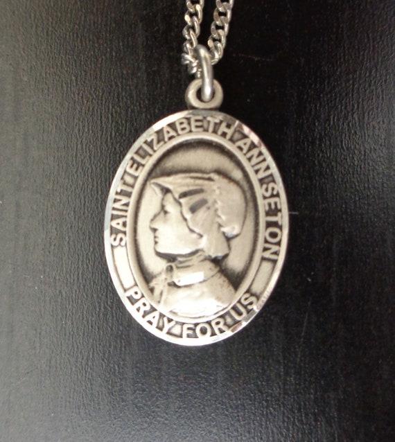 Saint Elizabeth Medal Saint Elizabeth Charm Catholic Saint Medal Catholic Pendant 25mm x 16mm St Elizabeth Pendant Qty 1