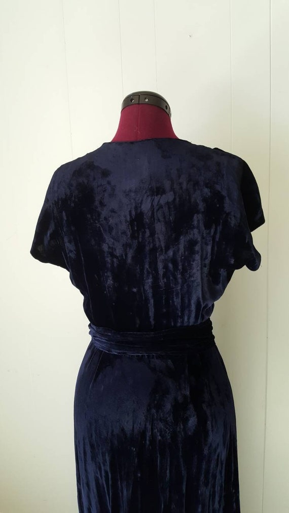 60s does 30s Blue Silk Velvet Gown Reproduction W… - image 4