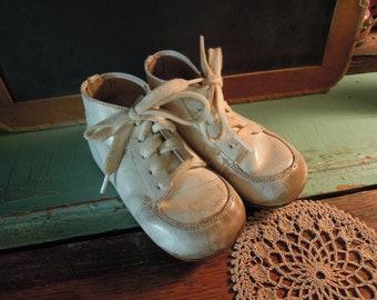 49f1b541ccd23 Boys' Boots - Vintage | Etsy SG